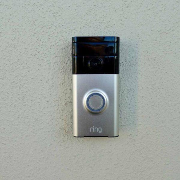 ¿Cómo restablecer el wifi del timbre Ring doorbell?