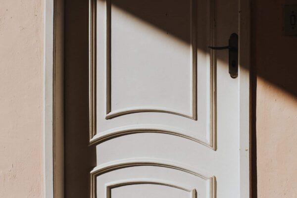 Instalación de Ring Doorbell en una superficie estrecha